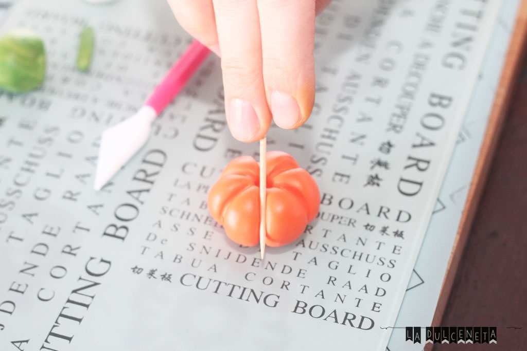 bolita-naranja-marcada