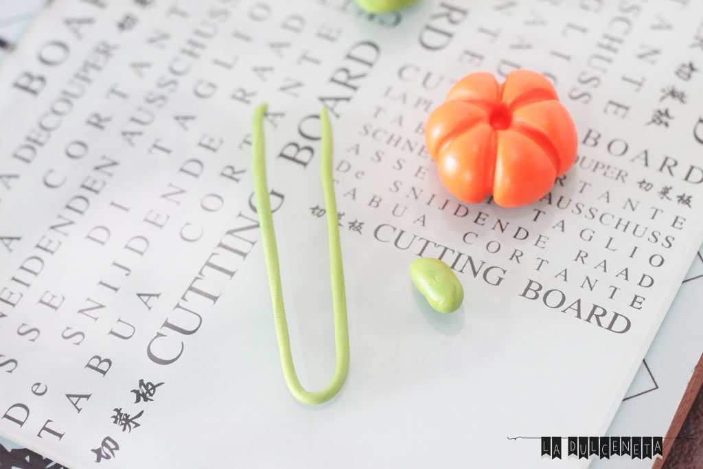 bolita-naranja-rabillo-zarcillo