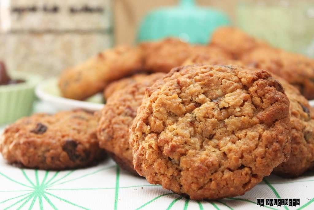 galletas de avena, dátiles y pasas